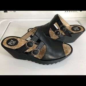 Fly London Black Leather Wedges Sandals 39
